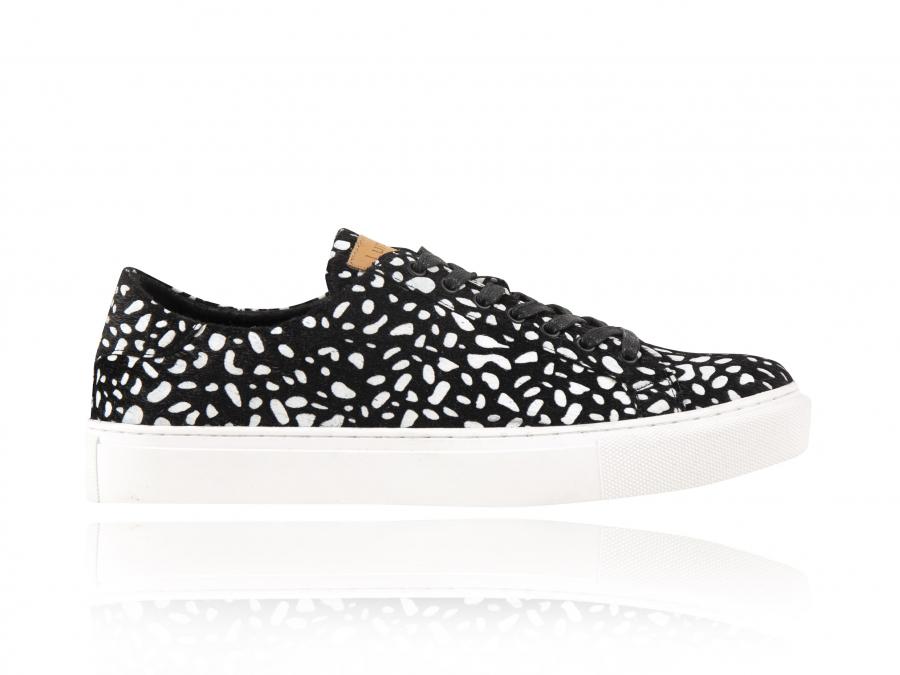 Black Rock | Zwart Wit Sneakers | Lureaux